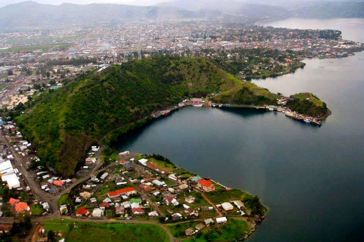 lake kivu, lake kivu rwanda, lake kivu kibuye, karongi lake kivu, rwanda islands, island in rwanda, lake kivu island, napoleon ioat ridesland rwanda, lake safaris, boat safaris, boat ride rwanda,rwanda boat safaris, rwanda b